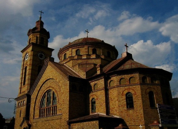 Biserica romaneasca Varset